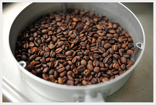 自家焙煎コーヒー豆の出来上がり