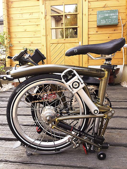 折りたたみ自転車ブロンプトン