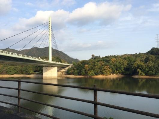 高松自動車道 さぬき府中湖橋